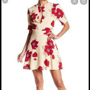 Privacy Pls Emerson floral keyhole dress BRAND NEW